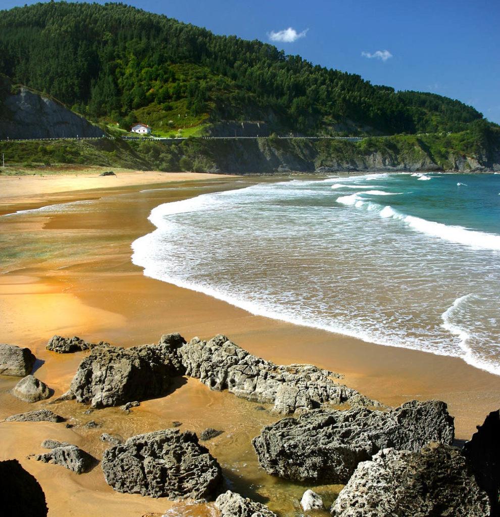 Playa de Laga, Pais Vasco, las mejores playas de España