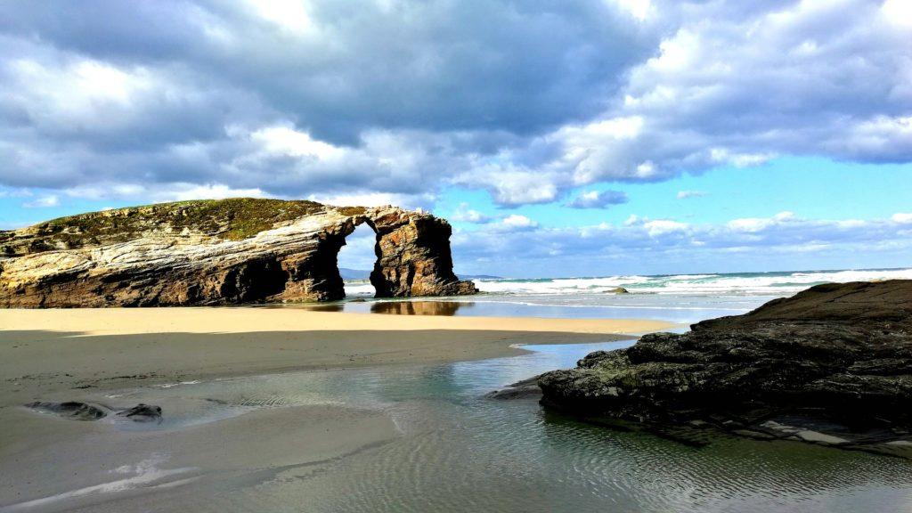 playa de las catedrales, galicia, las mejores playas de españa