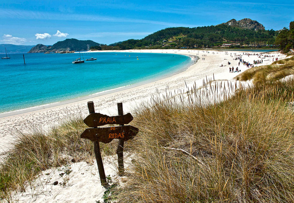 playa de rodas, islas cíes, galicia, playas paradisiacas en España