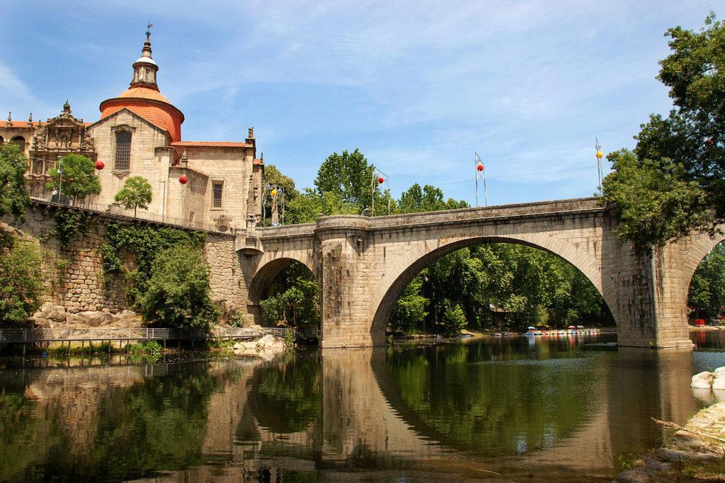 Amarante - Puente de São Gonçalo e iglesia, Portugal